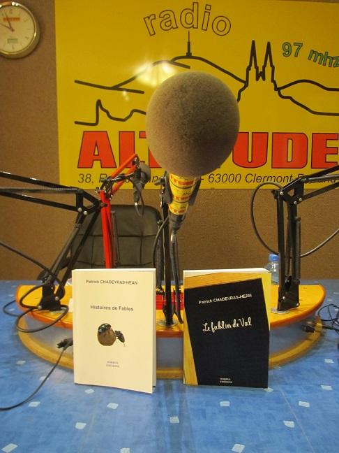 radioa10.jpg