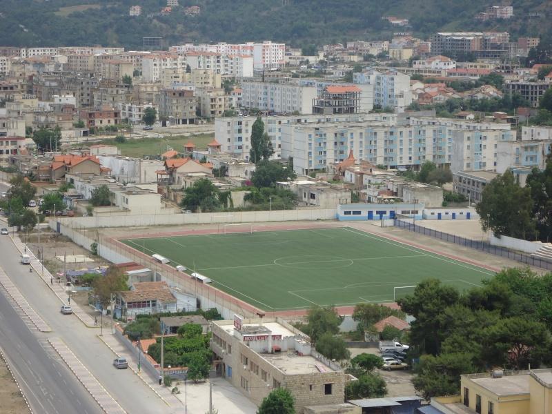 Le stade d 39 aokas for Stade du miroir lacan