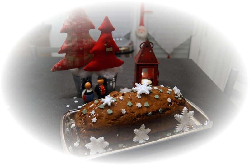 http://i38.servimg.com/u/f38/12/17/06/46/cake_210.jpg