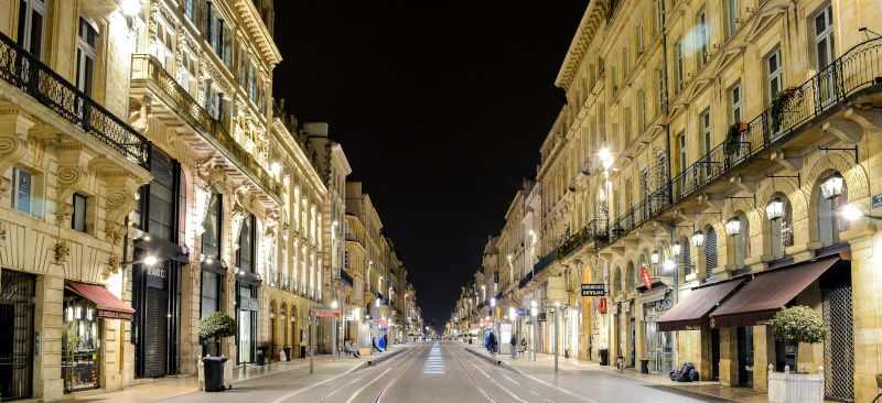 Bordeaux by night bah de nuit quoi titre trop court for Appartement bordeaux cours de l intendance