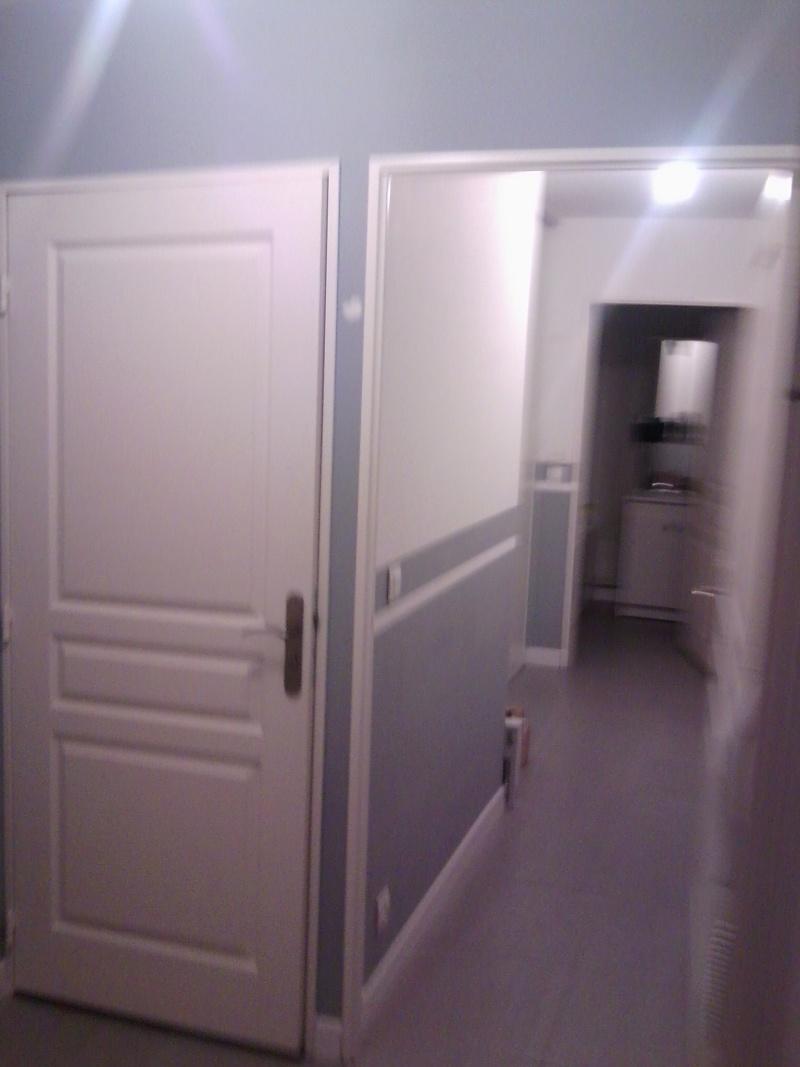 Lina nouveau d part page 32 - Comment peindre un couloir avec plusieurs portes ...