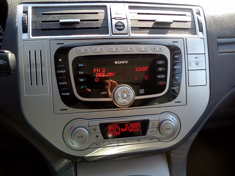 sony autoradio cd per ford kuga focus cmax ebay. Black Bedroom Furniture Sets. Home Design Ideas