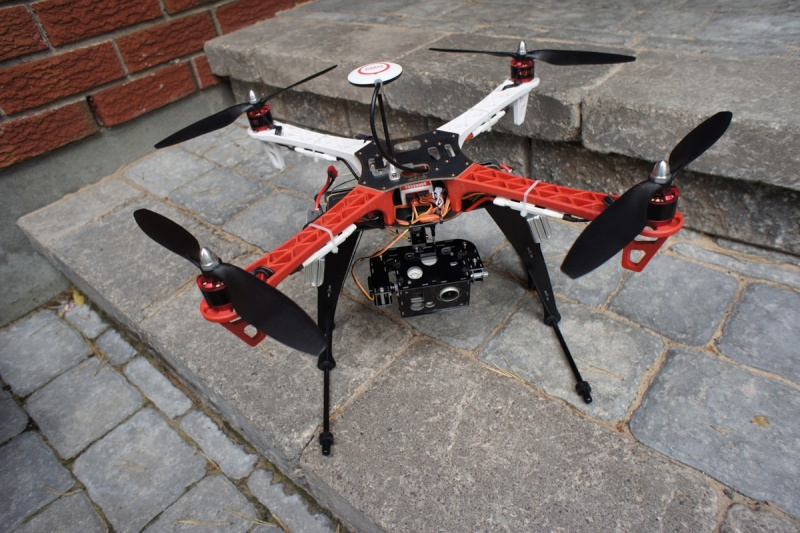 rencontre drone Casa accredited uav/drone pilot licensed to fly up to 10kg machines and collaborate with hobart imaging for larger drones up to 20kg, we use a range of.