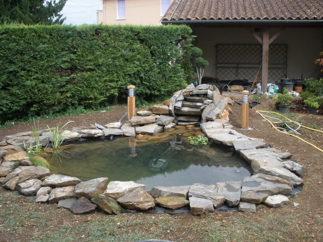 Jardin aquatique idees conception accueil design et mobilier for Piscine valeyre