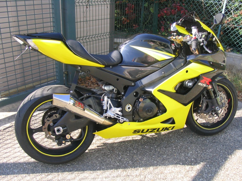 le 1000 gsxr de jeje63 forum moto suzuki gsxr la sportive suzuki. Black Bedroom Furniture Sets. Home Design Ideas