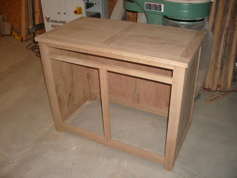 meuble en ch ne et fer forg pour l 39 ordi. Black Bedroom Furniture Sets. Home Design Ideas