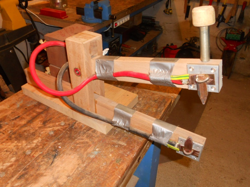 Construction d 39 un poste souder par points - Machine de fabrication de treillis a souder ...