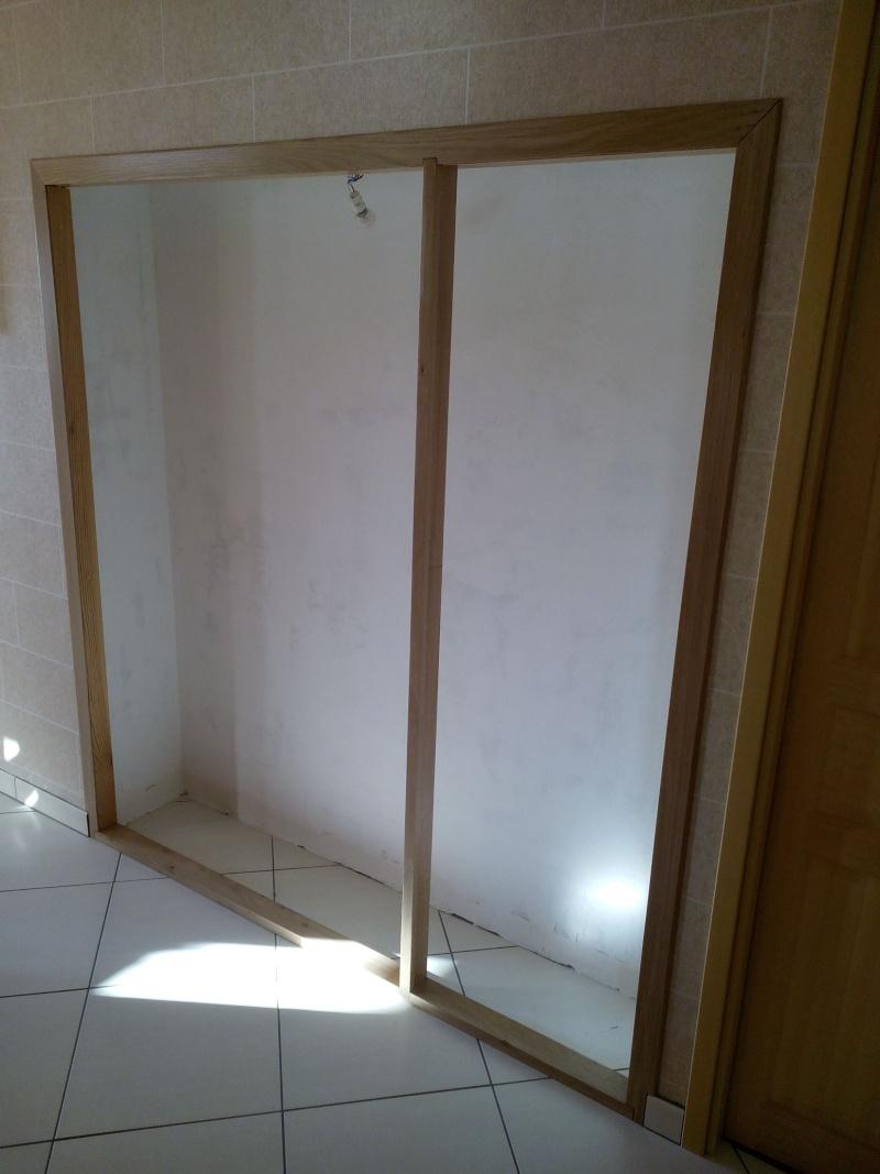 1ere realisation portes de placard. Black Bedroom Furniture Sets. Home Design Ideas
