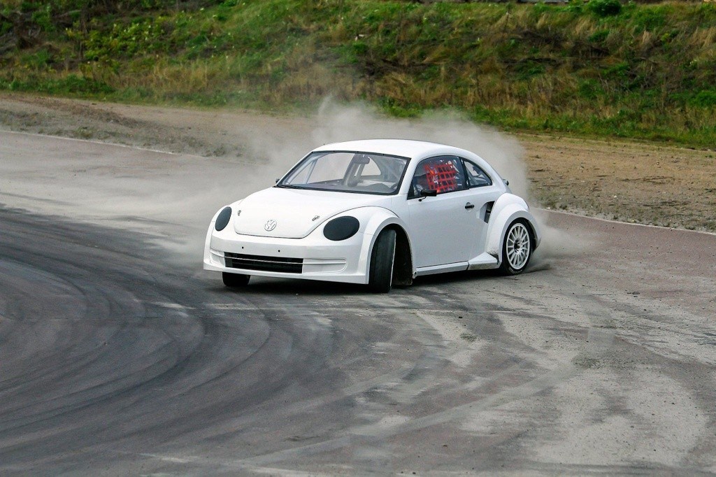 vw beetle to race in world rx forum new beetle coccinelle. Black Bedroom Furniture Sets. Home Design Ideas