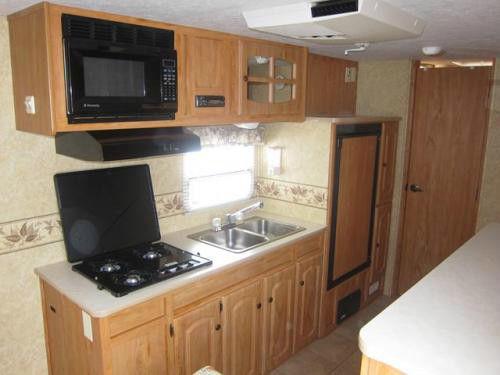 vendu nouveau prix starcraft travel star hybride 21ck 2007. Black Bedroom Furniture Sets. Home Design Ideas