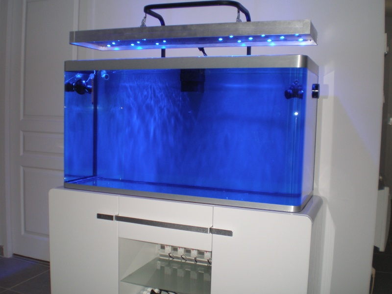 Aquarium osaka 320 blanc for Aquarium osaka 260