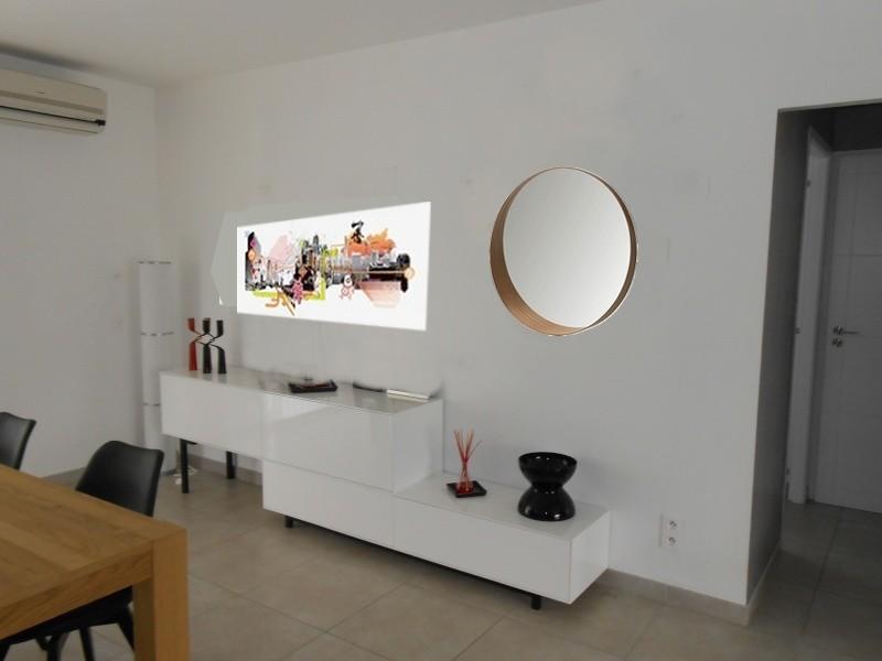 jodis31 quoi mettre au dessus du meuble sam page 8. Black Bedroom Furniture Sets. Home Design Ideas