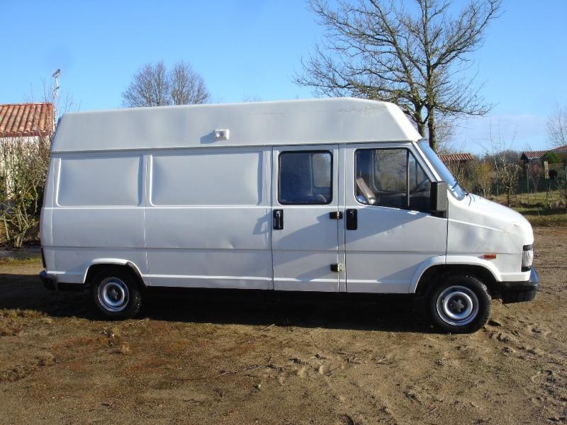 vends camion citro n c25. Black Bedroom Furniture Sets. Home Design Ideas