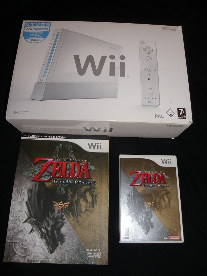 vds figurines zelda et metroid livre hyrule historia console wii. Black Bedroom Furniture Sets. Home Design Ideas