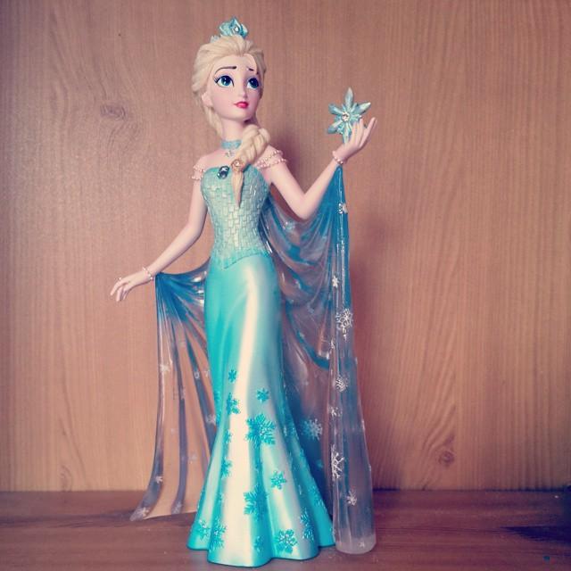 La reine des neiges page 14 for Couture de force elsa