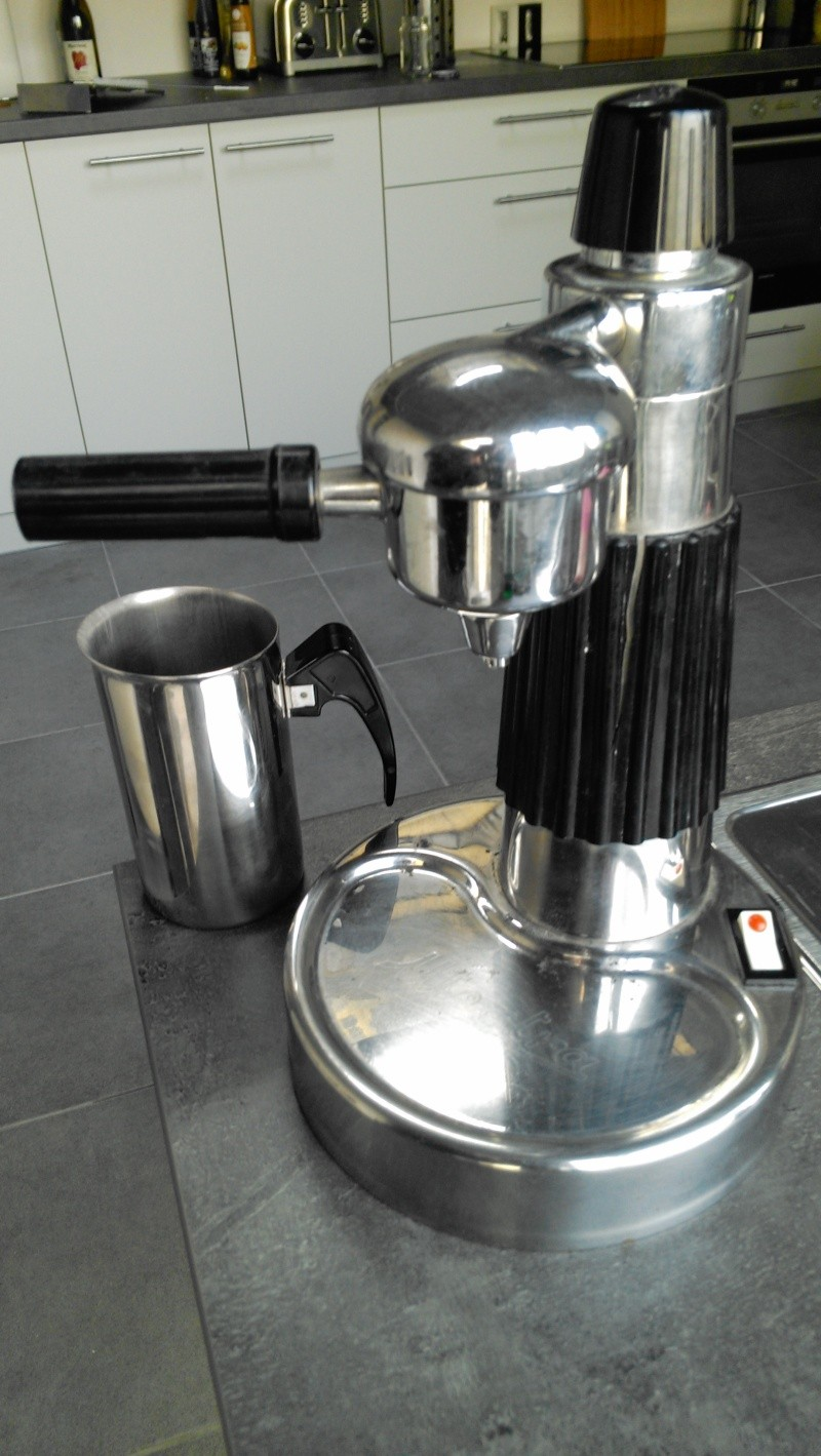 Branchement c bles lectriques utentra - Comment detartrer une cafetiere electrique ...