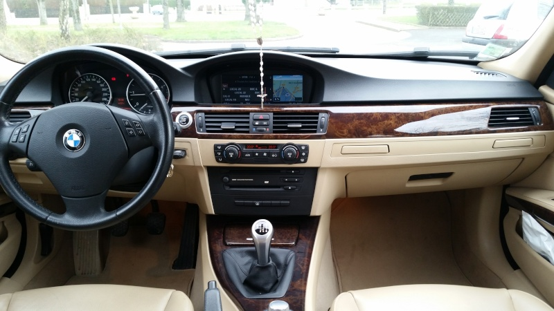 Bmw 320d e90 163cv pack luxe cuir gps 11600 euros for Interieur cuir bmw e90