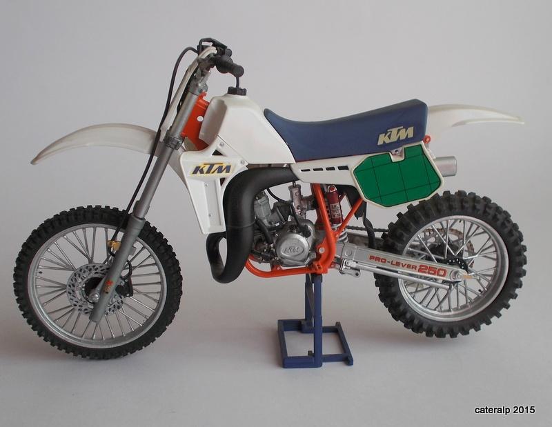 maquette moto cross tamiya. Black Bedroom Furniture Sets. Home Design Ideas