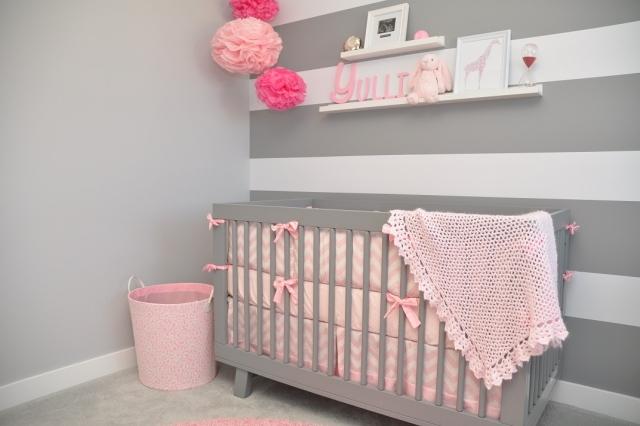 Chambre princesse for Papier peint chambre bebe