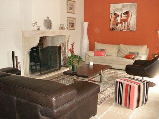 choix des couleurs pour rechauffer et compartimenter une grande pi ce. Black Bedroom Furniture Sets. Home Design Ideas