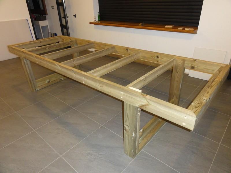 table de defonceuse termine fabrication table en bois peint polycarbonate pour terrasse. Black Bedroom Furniture Sets. Home Design Ideas